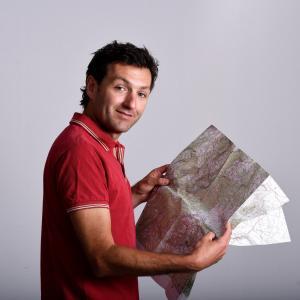 Julien Erster,  chez TIRAWA