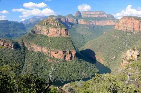 Rando face aux Three Rondavels, Blyde River Canyon - Afrique du Sud -