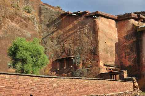 Eglise semi monolithique d'Abreha et Atsbeha, massif du Gheralta - Ethiopie -