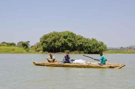 Pirogue en papyrus sur le Lac Tana - Ethiopie -