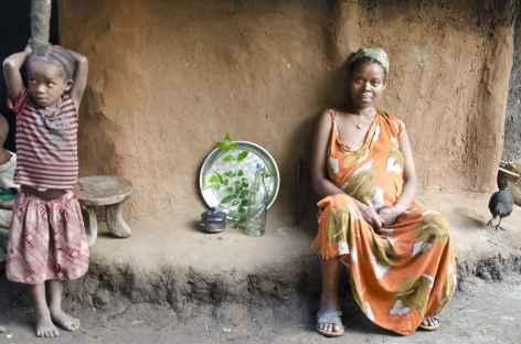 Chez les Ari, vers la bourgade de Jinka, Vallée de l'Omo - Ethiopie -
