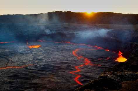 Volcan Erta Ale au lever du soleil - Ethiopie -