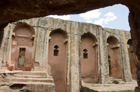 Une des nombreuses églises de Lalibela - Ethiopie -