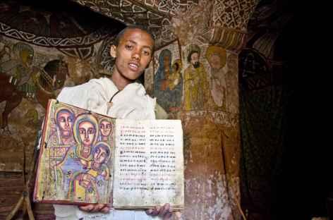 Eglise troglodyte dans les montagnes de Gheralta, Tigray - Ethiopie -