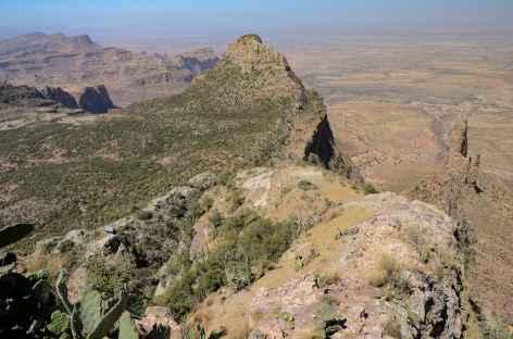 Trek au dessus des aiguilles de Guh, massif du Gheralta - Ethiopie -