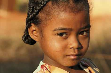 Jeune fille betsileo - Madagascar -