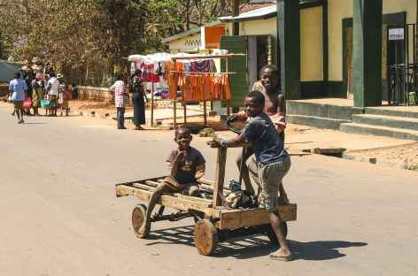 Sur la route vers Ambalavao - Madagascar -