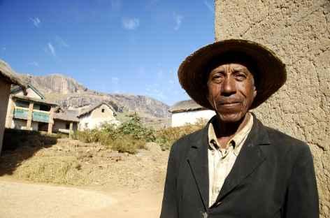 Campagne Betsileo, vers la montagne Somaina - Madagascar -