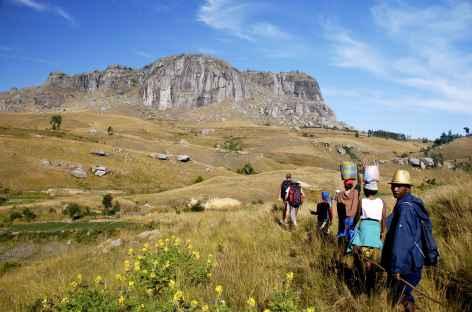 Trek dans la région de la montagne Somaina, pays betsileo - Madagascar -
