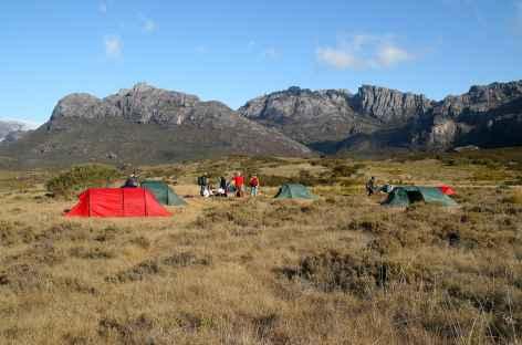 Camp dans le massif de l'Andringitra - Madagascar -