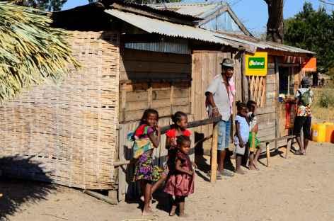 Piste entre Malaimbandy et Sakoazato - Madagascar -