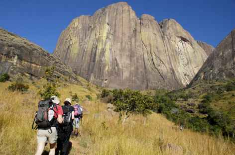 Randonnée au pied du Tsaranoro - Madagascar -
