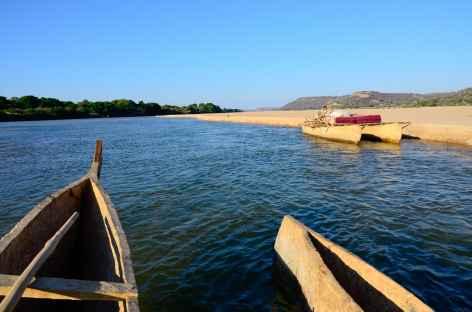 Sur la Mangoky, plus long fleuve de Madagascar -