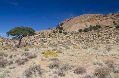 Montagnes sur les hauteurs de Aus - Namibie -