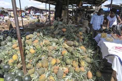 Au marché de Fort Portal - Ouganda -