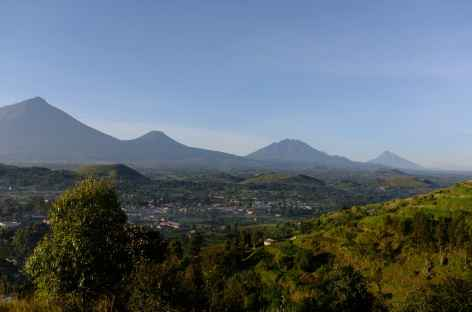 Volcans Virunga, au pied du bourg de Kisoro - Ouganda -