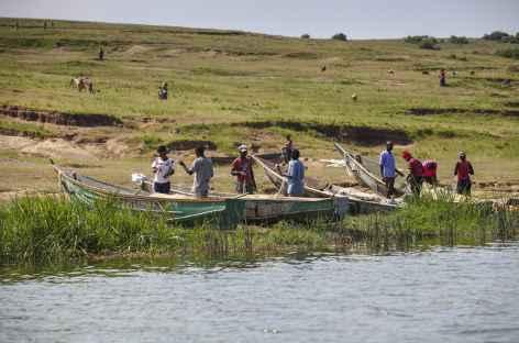 Sur les rives du Kazinga Channel, parc de Queen Elisabeth - Ouganda -