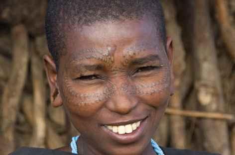Jeune fille Datoga - Tanzanie -