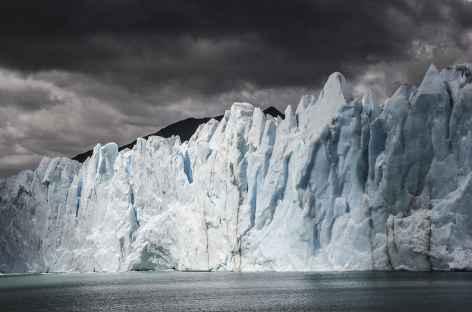Belle lumière sur le Perito Moreno - Argentine -
