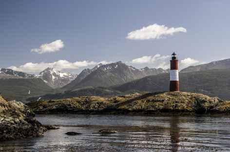 Navigation sur le canal de Beagle, le phare des éclaireurs - Argentine -