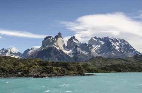 Parc national Torres del Paine, traversée en bateau du lac Pehoe - Chili -