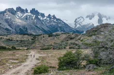 Marche vers  le Fundo San Lorenzo - Chili -