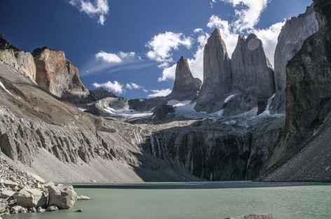 Torres del Paine, au pied des 3 tours du Paine - Chili -