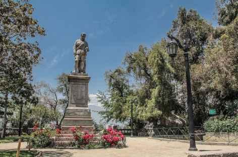 Santiago, dans les jardins du Cerro Santa Lucia avec les Andes en toile de fond - Chili -