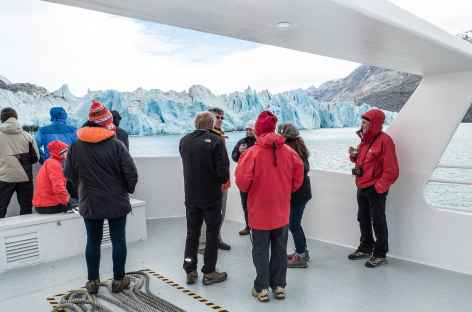 Le front du glacier O'Higgins au cours de la traversée du lac éponyme - Chili -