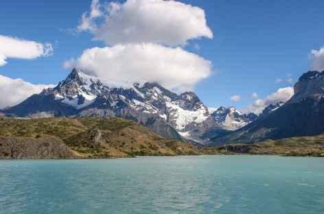 Torres del Paine, traversée du lac Pehoe - Chili -