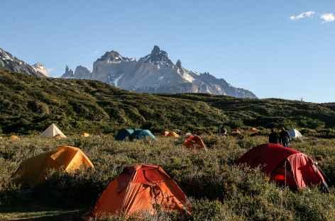 Torres del Paine, notre camp au lac Pehoe - Chili -