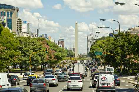 Buenos Aires, l'avenue de Mai - Argentine -