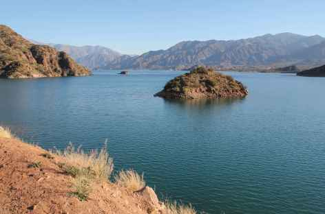 Argentine, le lac de Potrerillos -
