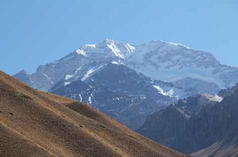 Argentine, balade face à l'Aconcagua -