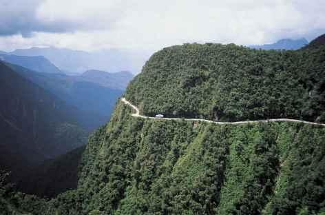 Descente sur Coroico dans les Yungas - Bolivie -