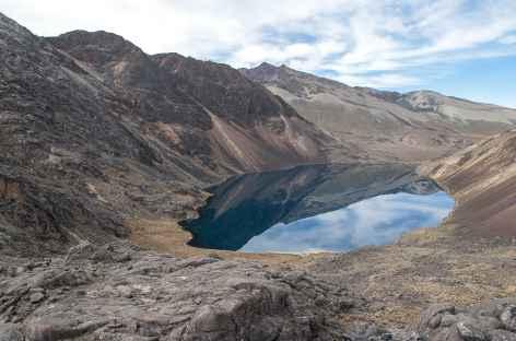 Cordillère Royale, entre les lagunes Cacha et Chojna Quta  - Bolivie -