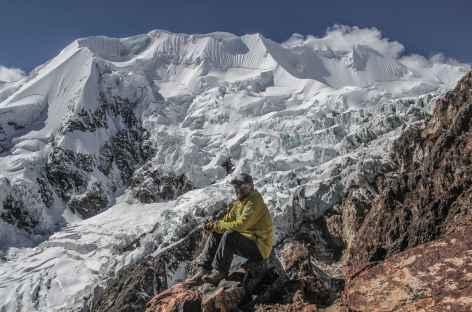 Plein cadre sur l'Illimani depuis le nid du Condor - Bolivie -
