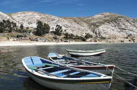 Au ras de l'eau sur l'île du Soleil - Bolivie -