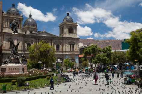 Sur une place de La Paz - Bolivie -