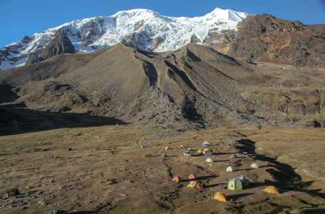 Camp  au pied de l'Illimani - Bolivie -
