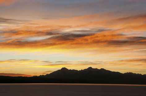 Coucher de soleil sur la Cordillère Royale depuis l'île du Soleil - Bolivie -