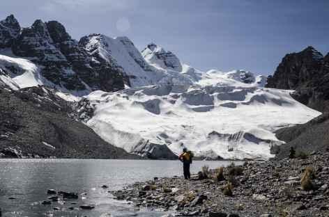 Cordillère Royale, sur les bords de la laguna Congelada -