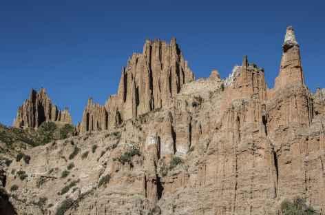La Paz, cheminées de fée au pied de la Molaire du Diable - Bolivie -