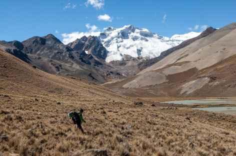 Passage au pied du Kasiri - Bolivie -