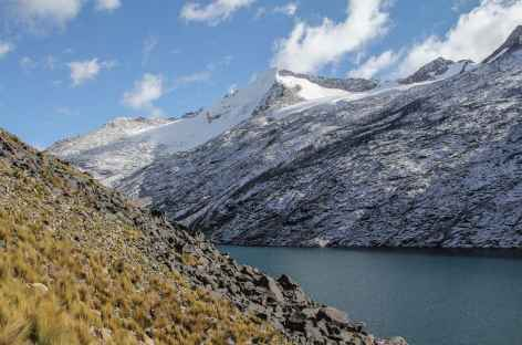 La lagune Chatamarca et le Choquetanga - Bolivie -