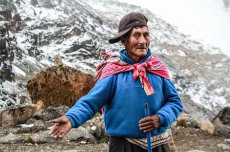 Rencontre avec un mineur au pied du col Bengala - Bolivie -