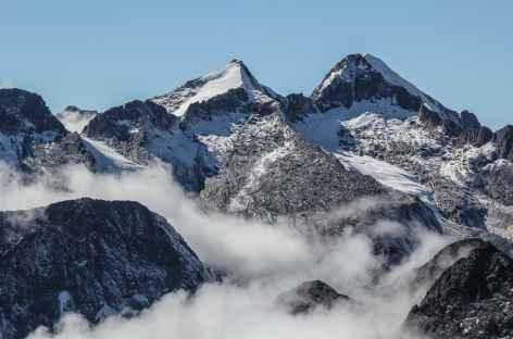 Les brumes montent des Yungas - Bolivie -