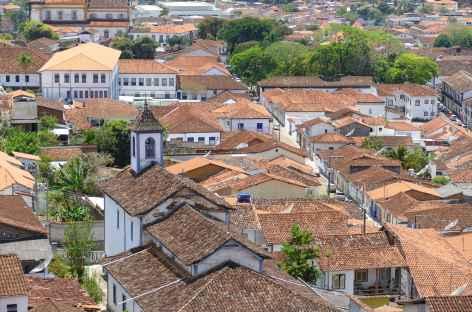 Panorama sur les toits de tuile de Mariana - Brésil -