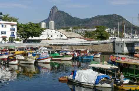 Rio, vue sur le Corcovado depuis le quartier Urca - Brésil -