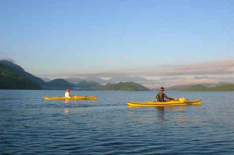 Canoë dans le fjord Mamangua - Brésil -